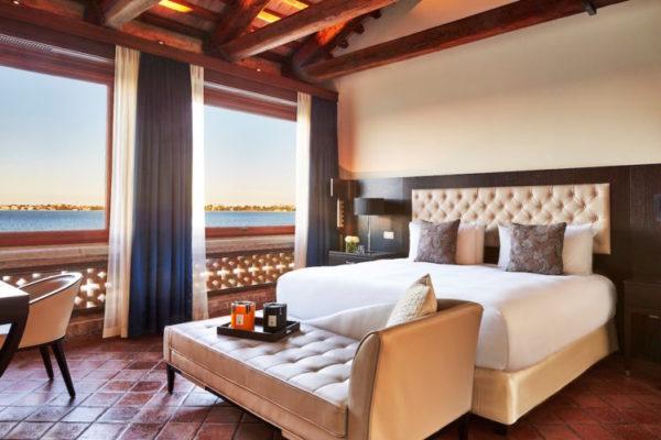 San Clemente Suite-bedroom_SCPK