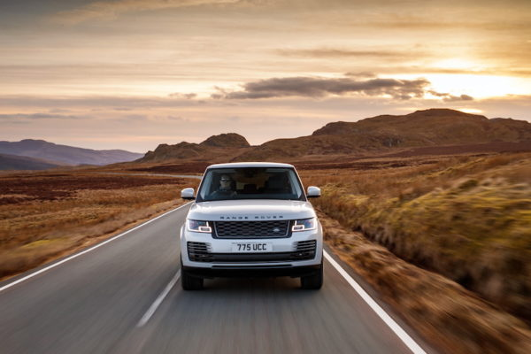 Range Rover PHEV 18MY Global Media Drive