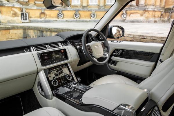 RR_SWB_PHEV_interior1
