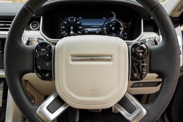 RR_SWB_PHEV_interior2